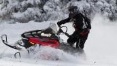 Снегоход Polaris 800 RMK 155 2015 В движении