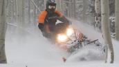 Снегоход Polaris 800 Switchback Assault 144 LE В движении