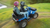Квадроцикл Polaris Sportsman Touring 850 EPS 2014 Blue Fire В движении
